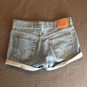 519 Levi's vintage jean shorts